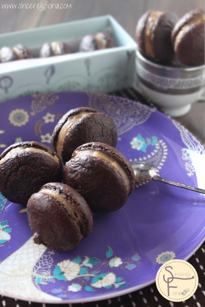 chocolate macaron peanutbutter 03