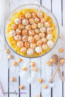 new year eve mango trifle