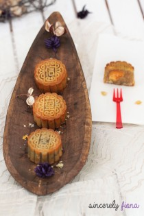 moon cakes mid autumn festival